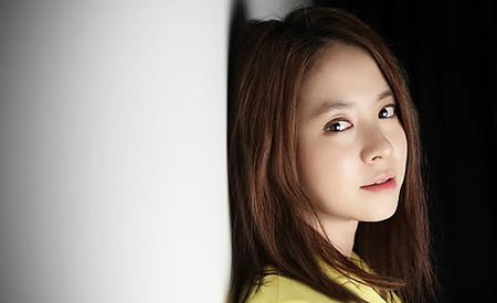 Song Ji Hyo: 'I Become Very Competitive Both in Acting and Entertaining'